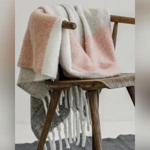 Mer Sea • Cozy Blanket • Grey & Pink Stripe